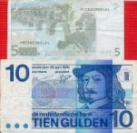 A greyish 5 Euro note and a colourful tenner